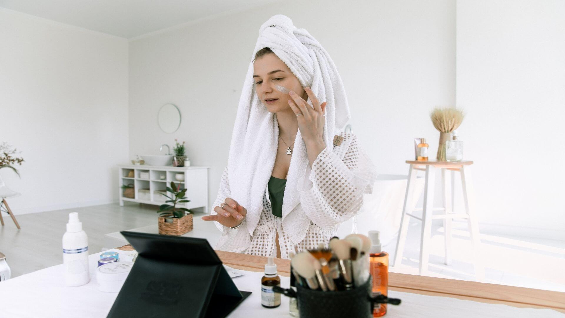 the skin care routine items for oily skin
